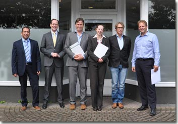 The board of DAW Foundation with notary Van Eldik and legal advisor Roel Croes Malden 10 July 2014